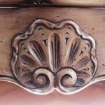 coquille sculptée main artisan ébéniste
